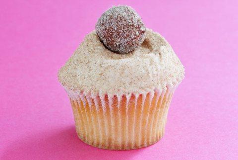 hummingbird-bakery-jam-doughnut-cupcake