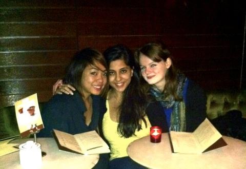 Krissa, Kan and Kez at Portobello Cafe