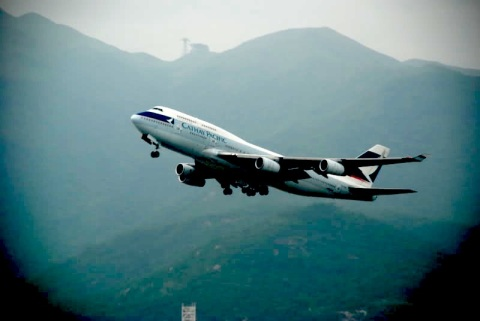 cathay pacific take off