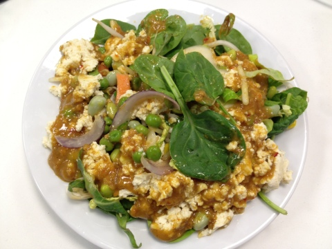 tofu salad with peanut sauce